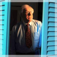 Biographer writes short story in tribute to Ray Bradbury