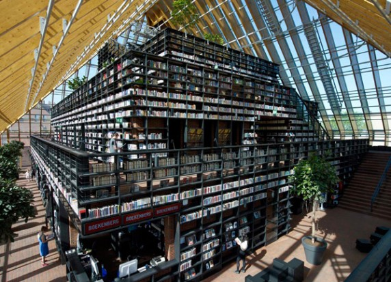 Book Mountain library in Spijkenisse, the Netherlands