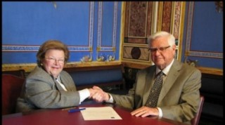 Senator Barbara Mikulski and Congressman Hal Rogers shakin' on it.