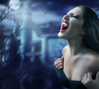 The original author of The Vampire Diaires has resorted to fan fiction to continue writing the series.