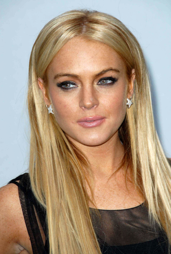 Lindsay Lohan reportedly gets less than she deserves for Great American Memoir