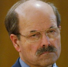 Dennis Rader, pictured during his 2005 trial. Image via