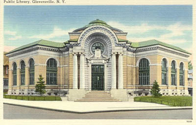 Richard Russo leads a drive to save the Gloversville Public Library