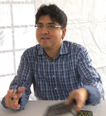 Sherman Alexie tops the ALA's list of most frequently challenged books for 2014. © Larry D. Moore / via Wikimedia Commons