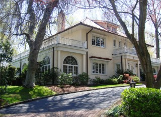 House where fitzgerald wrote the great gatsby is for for Long island estates for sale